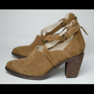 Anthropologie Gee Wawa Suede Bootie Ankle